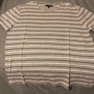 Men's Banana Republic shortsleeve T-shirt. Size XL